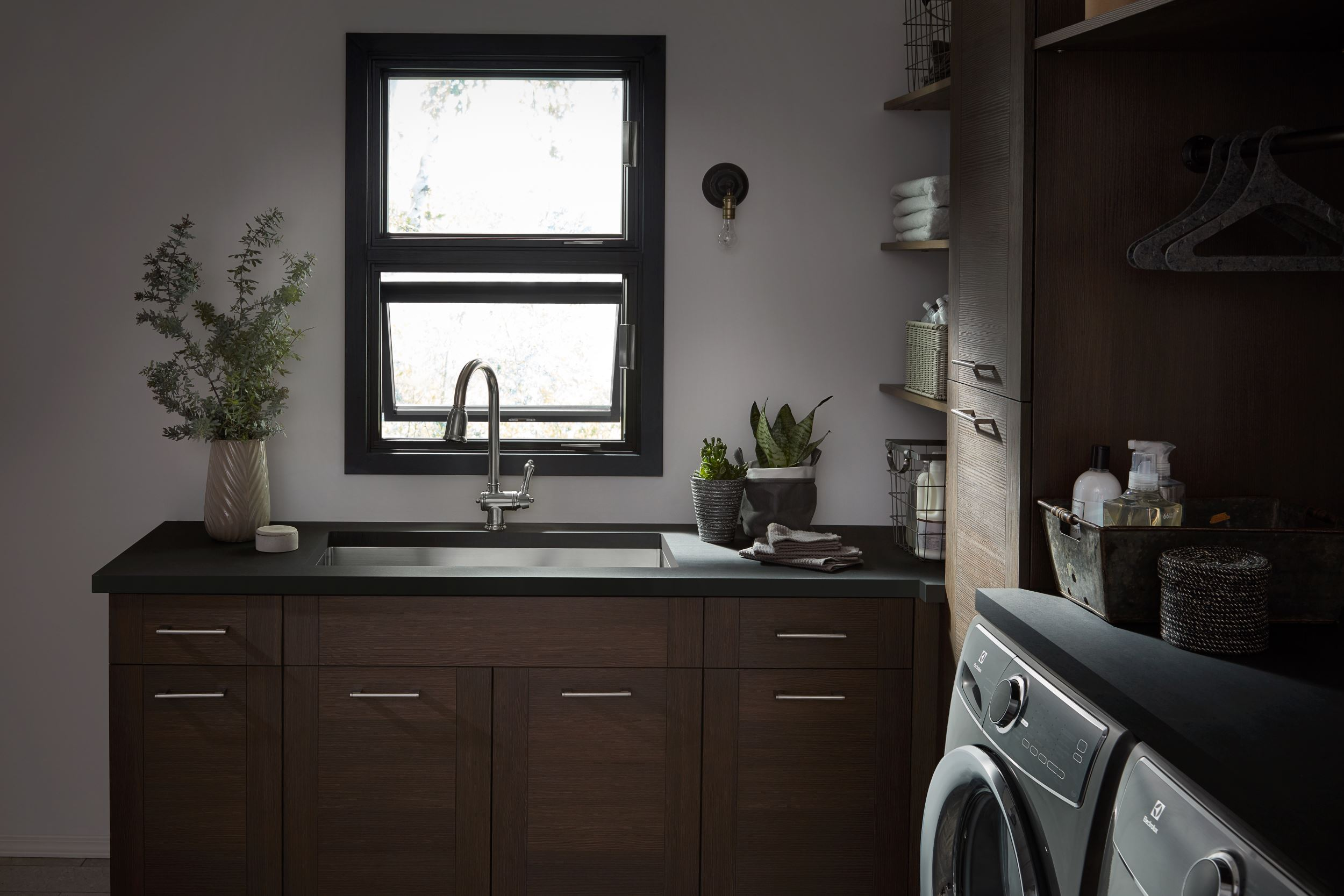 laundry-room-awning-window
