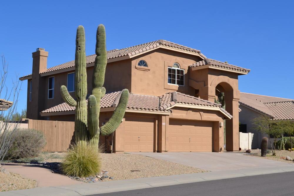 Desert home with vinyl windows (Hot Climate)